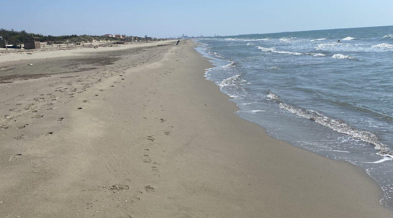 Tirrenia spiaggia vista mare.