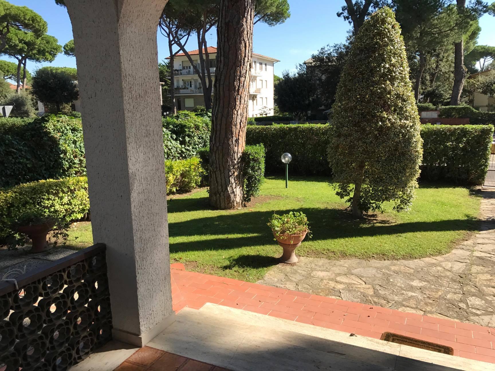 Tirrenia Vacanze Villa 3 camere 2 bagni Rif.A.60