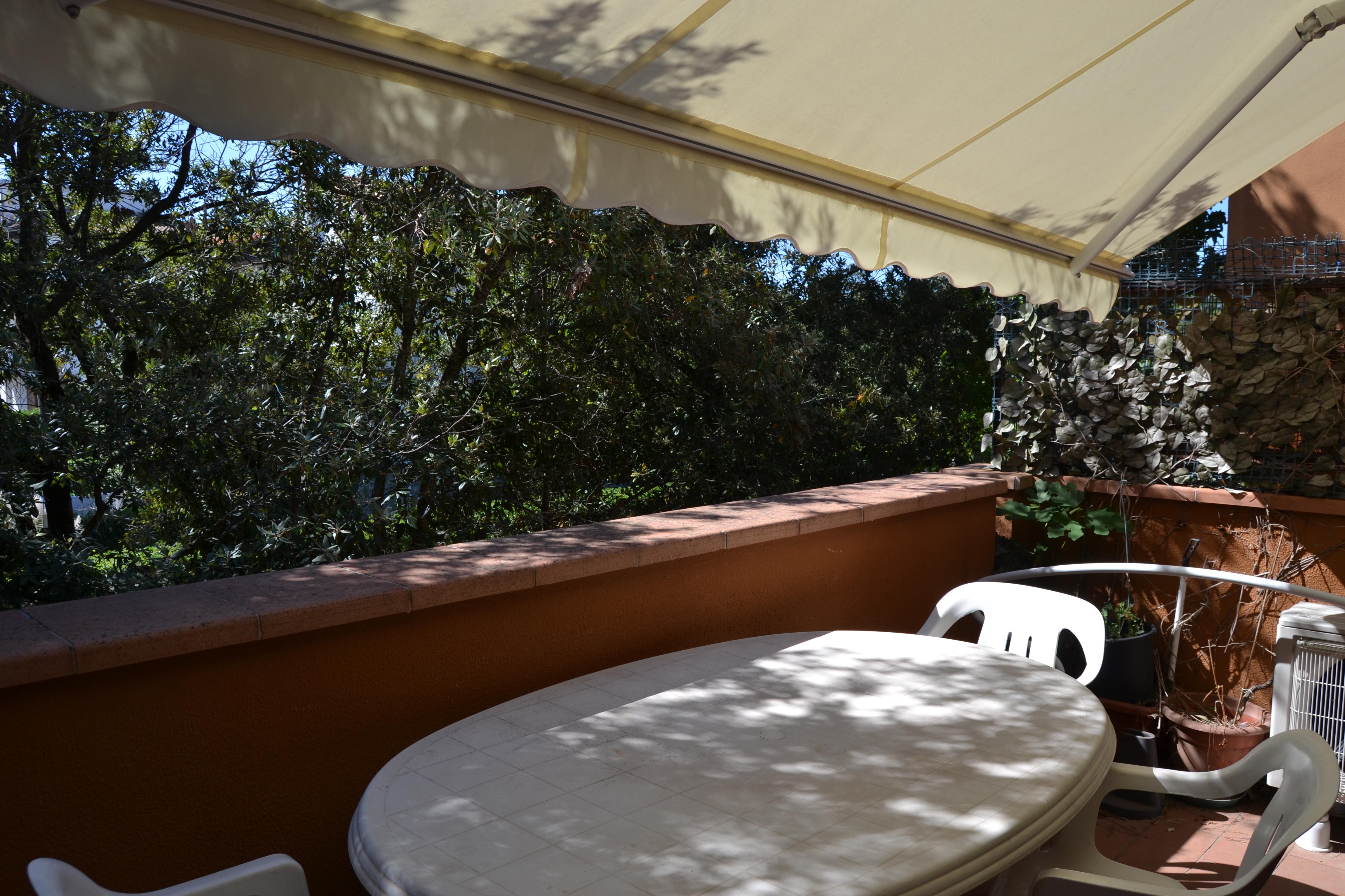 Bilocale con Terrazza Davanti al Mare. Vacanza Tirrenia. Rif.A.40
