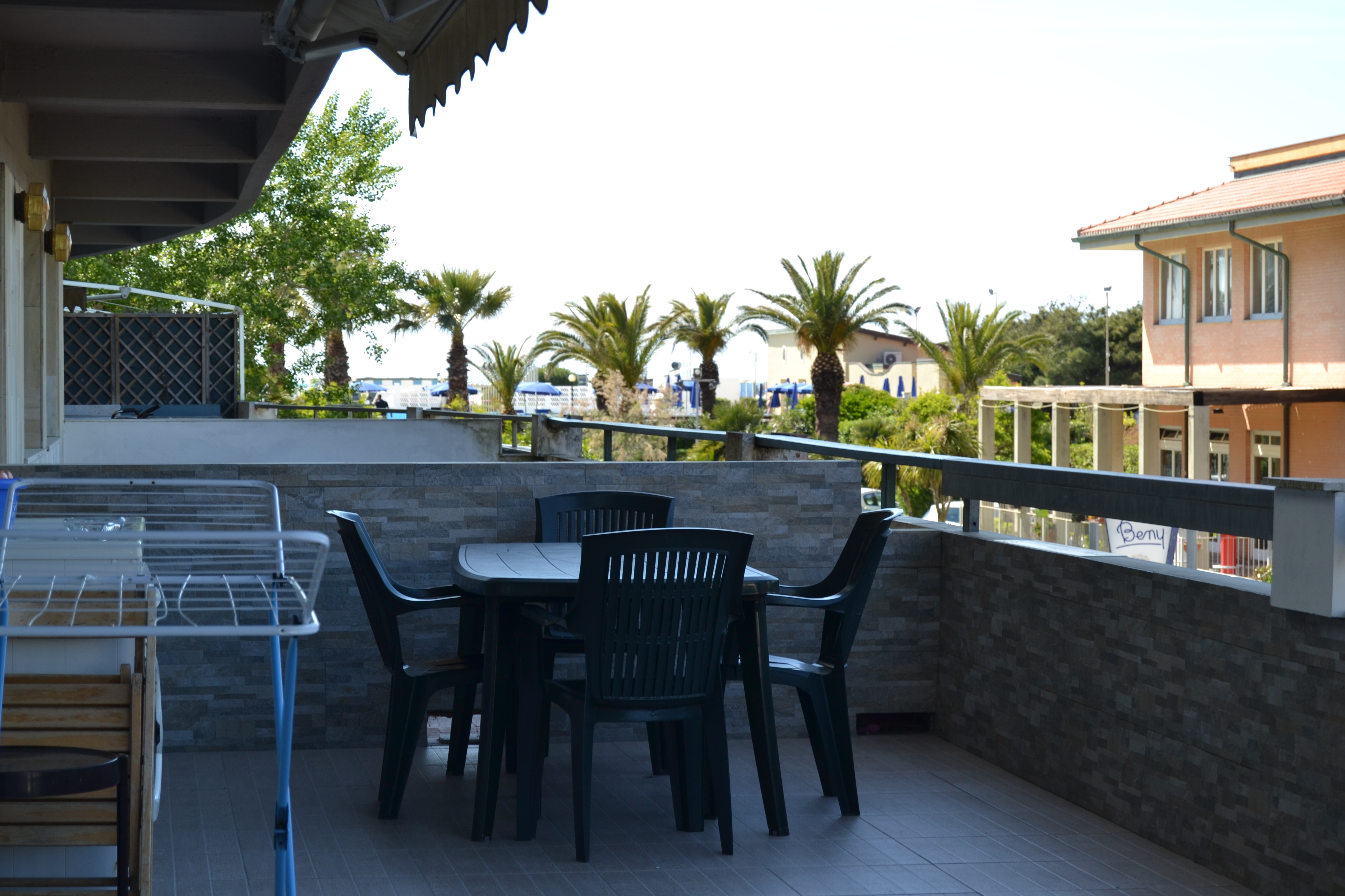Casa in affitto. 2 camere con Terrazza Tirrenia Rif.A.16
