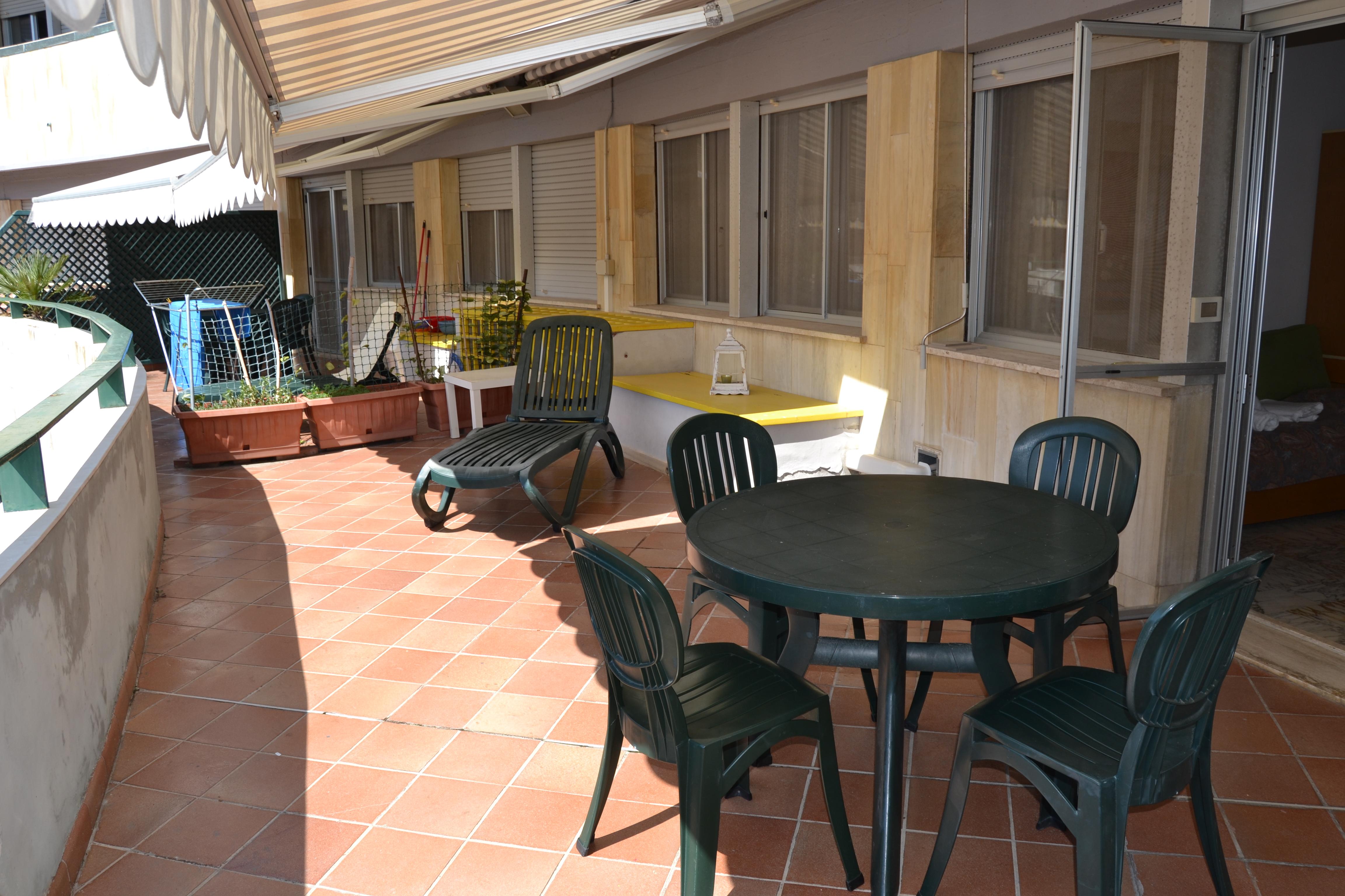 Casa Affitto Vacanza a Tirrenia. Rif.A.9