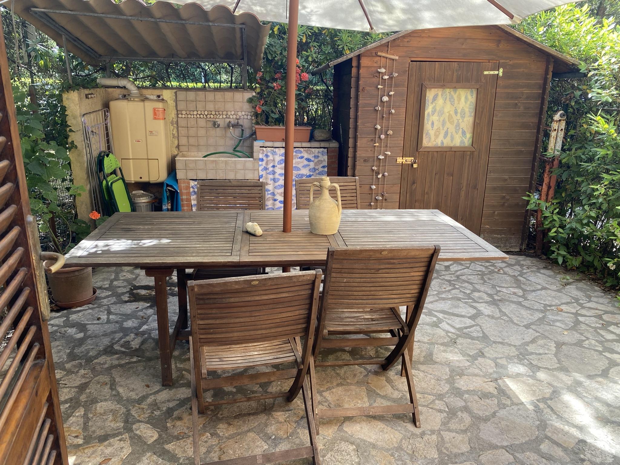 Casa vacanza con giardino, Davanti al Mare. Rif.A.39