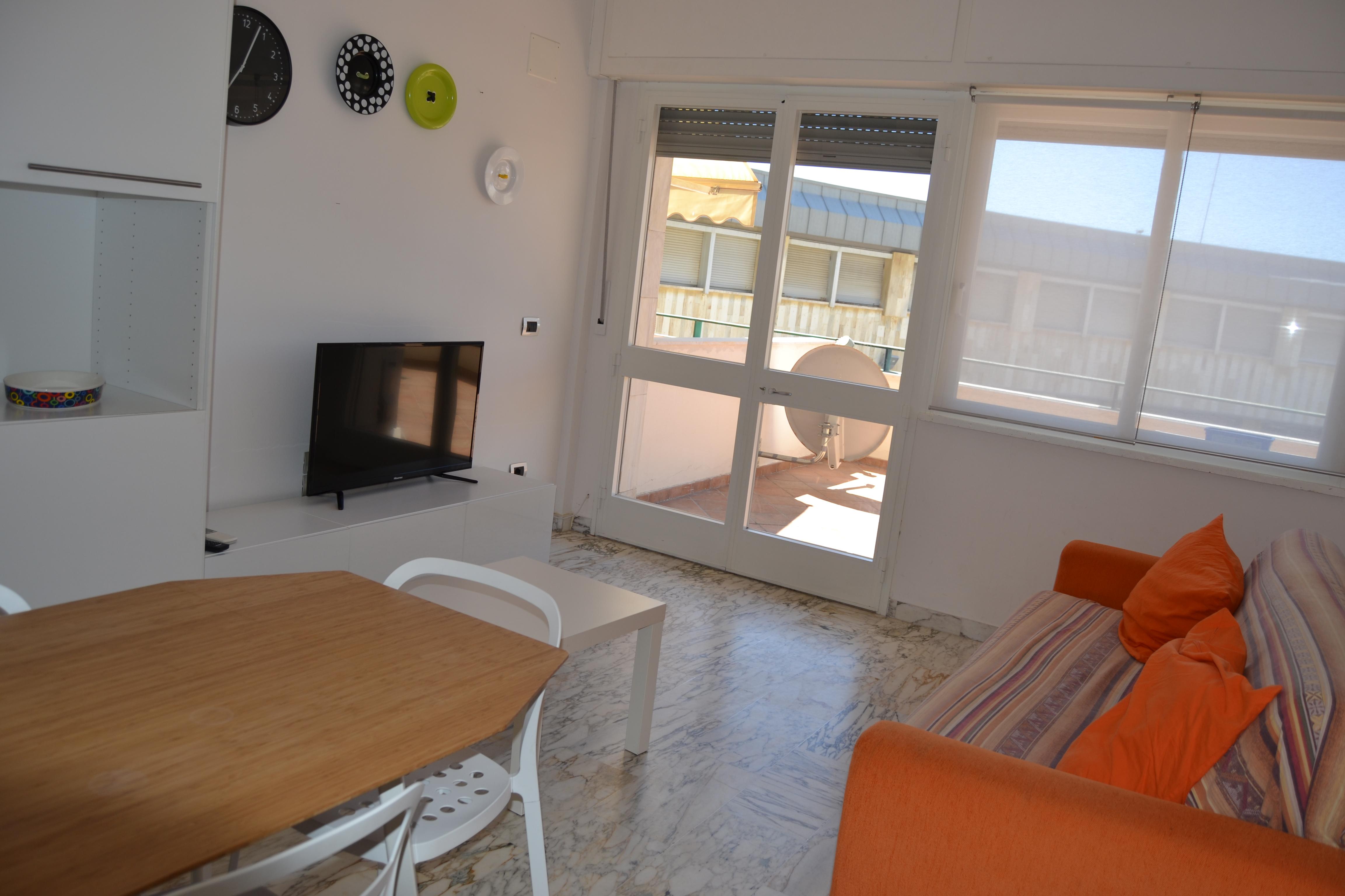 Appartamento nel centro di Tirrenia Rif.V.11